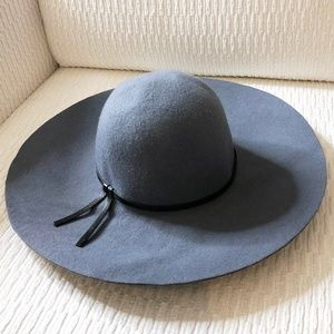 Gray Felt Wide Brim Hat